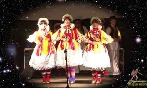 Esibizione gruppo folk Croato  Carpinone Agosto 2018
